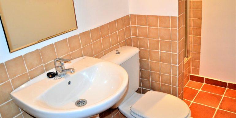 baño 1 planta primera (2)