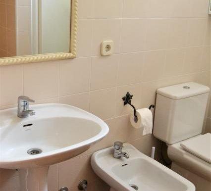 baño 1 zona de personal de servicio (2)