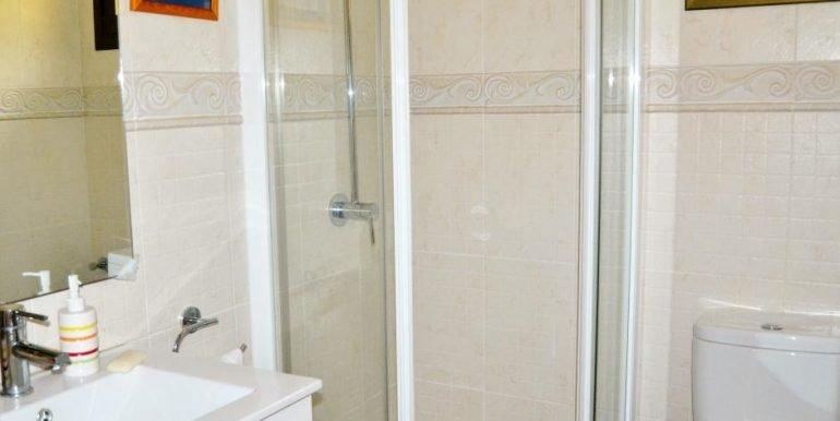 baño habitación de invitados (2)